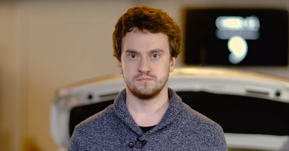 First Guy to Unlock the iPhone Builds Driverless Car in His Garage