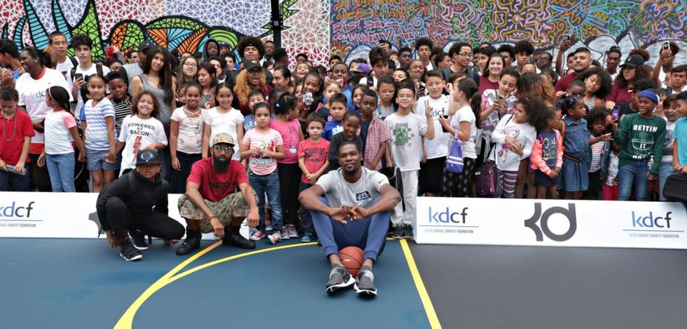 Kevin Durant Donates Amazing Basketball Court To New York City