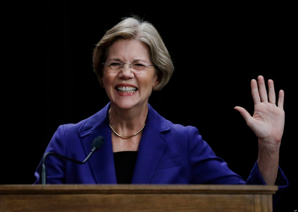 The Time When Elizabeth Warren Tweetstormed Ted Cruz Into Oblivion