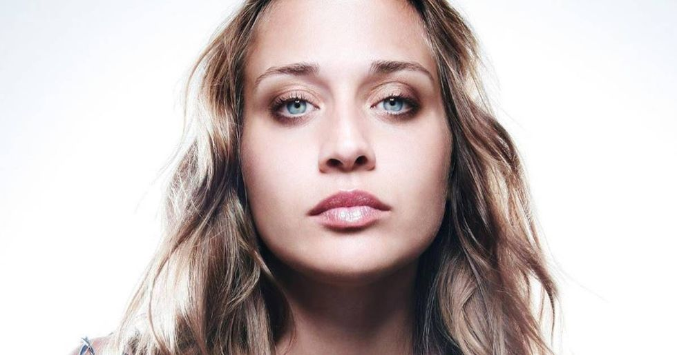 Fiona Apple Records An A Cappella Donald Trump Diss For Christmas