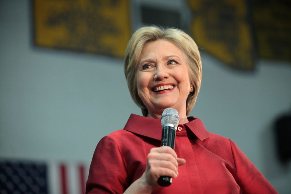 Hillary Clinton Throws Chris Christie Under The Bridge With Damning Snapchat Video