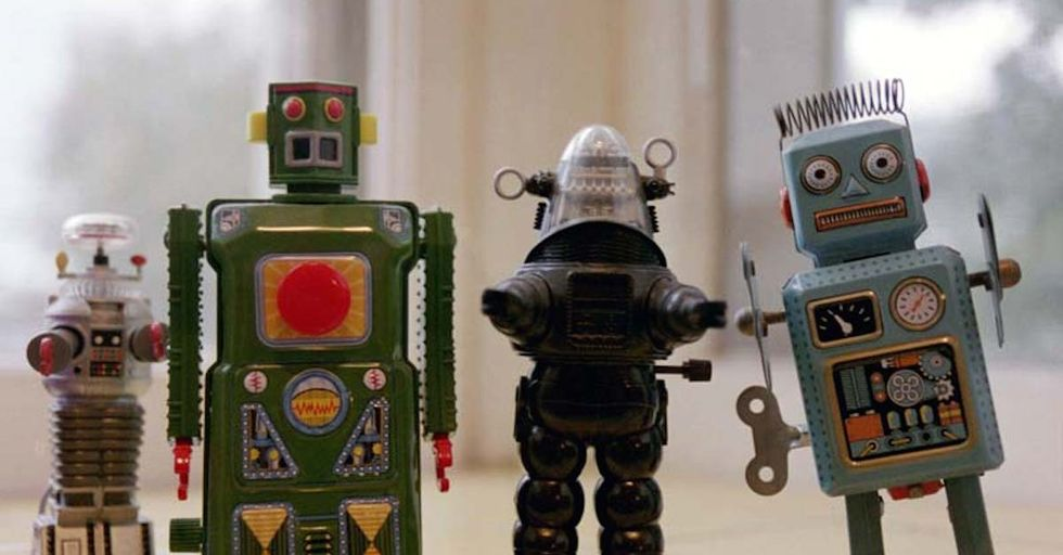 Report Claims Robots Will Replace Lawyers By 2030