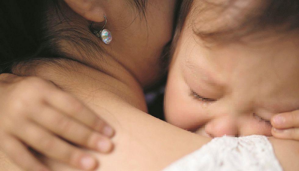 Bambina strappata ai genitori e data in affido prima di nascere