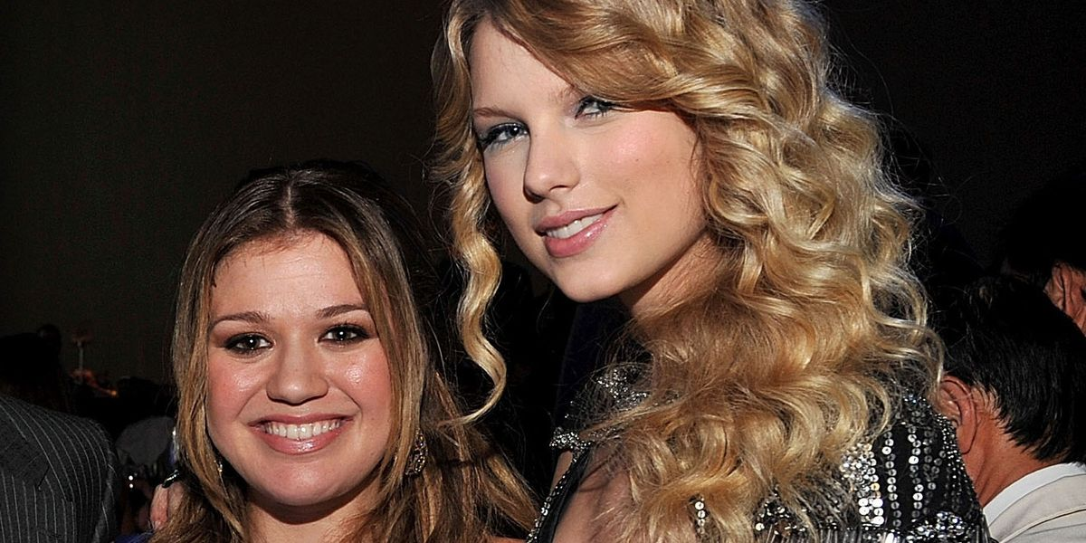 Kelly Clarkson Wants Taylor Swift to Re-Record Her Songs
