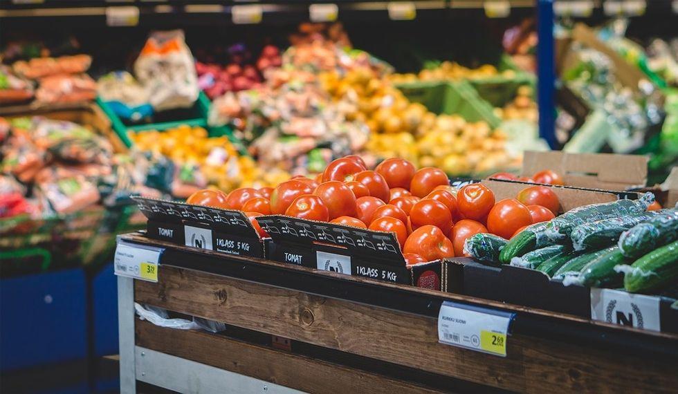 Dear Customers: An Open Letter From A Grocery Associate
