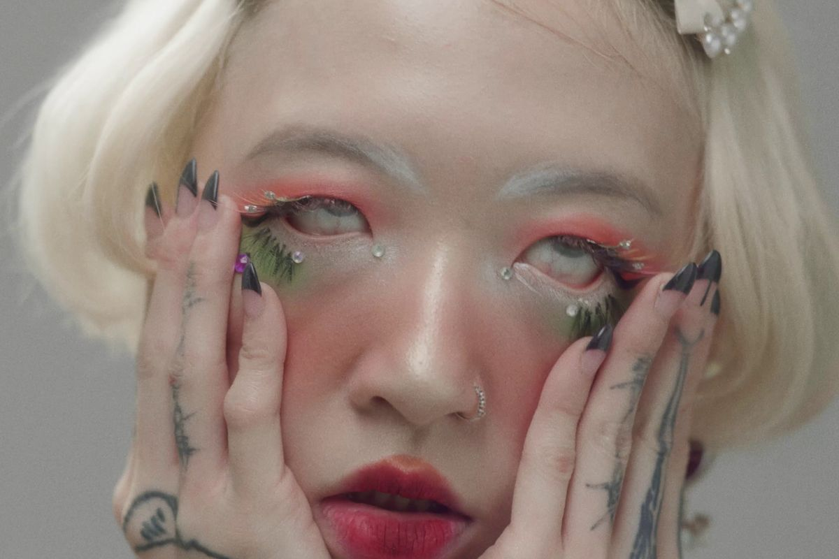 Yeule Shows the Beauty of Decay in 'Pretty Bones'