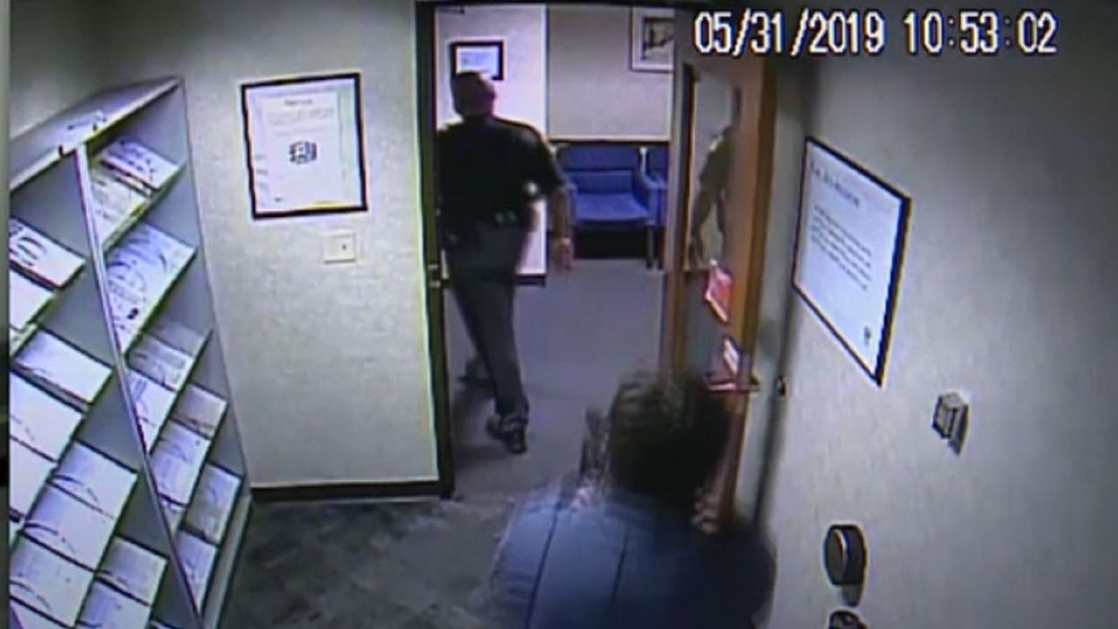 Security guard in big trouble after pulling a gun on uniformed sheriff's deputy for wearing his service weapon into IRS office