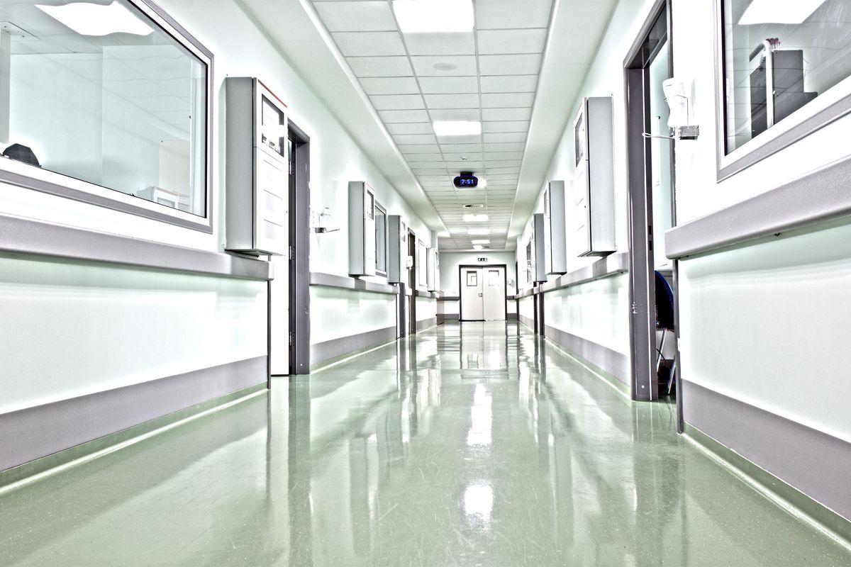 Il reparto ospedaliero? È chiuso per ferie