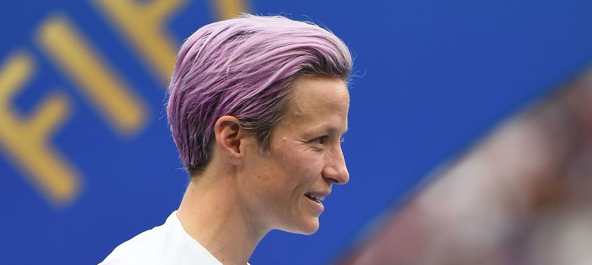 Here's The Mask That Keeps Megan Rapinoe's Hair Color This Bright