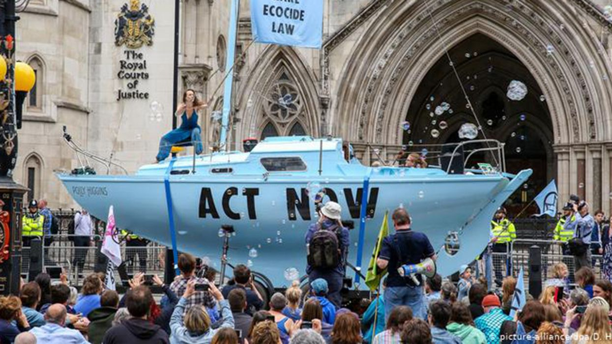 Extinction Rebellion Protesters Arrested in London
