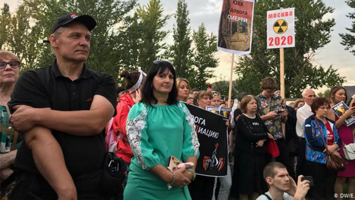 Moscow Residents Fight Back Against 'Second Chernobyl'