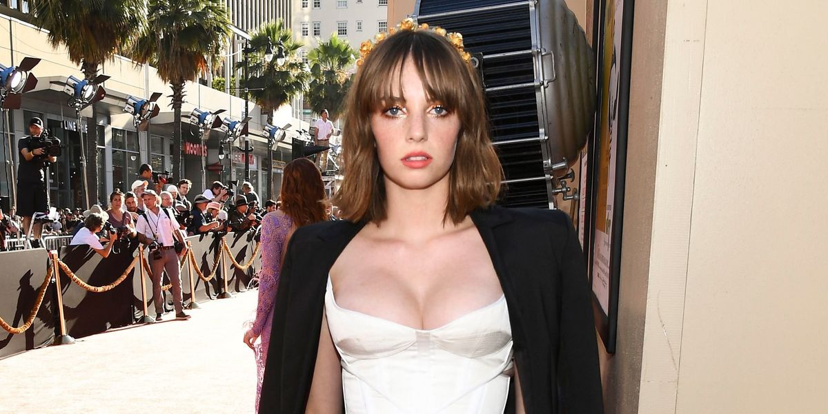 'Stranger Things 3' Star Maya Hawke Just Brought Back The Flower Crown