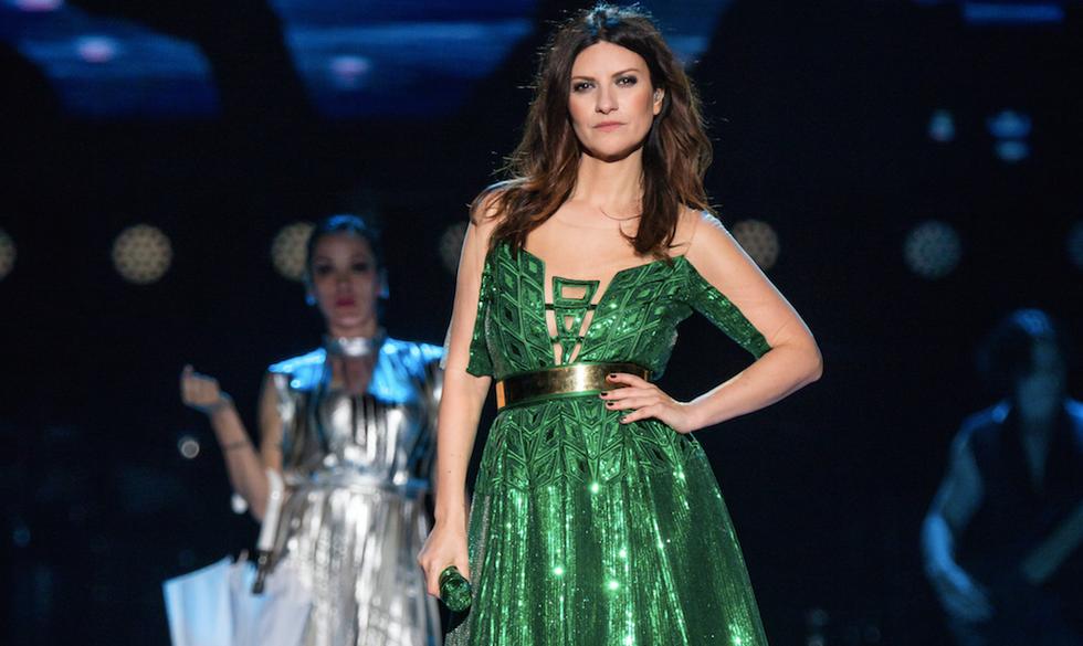 Gli abiti di Laura Pausini sono di Byblos Milano