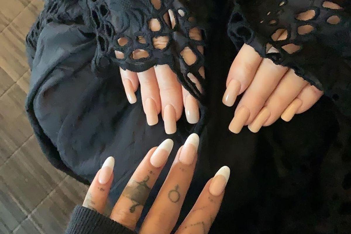 Let's Analyze Ariana Grande and Barbra Streisand's Manicures