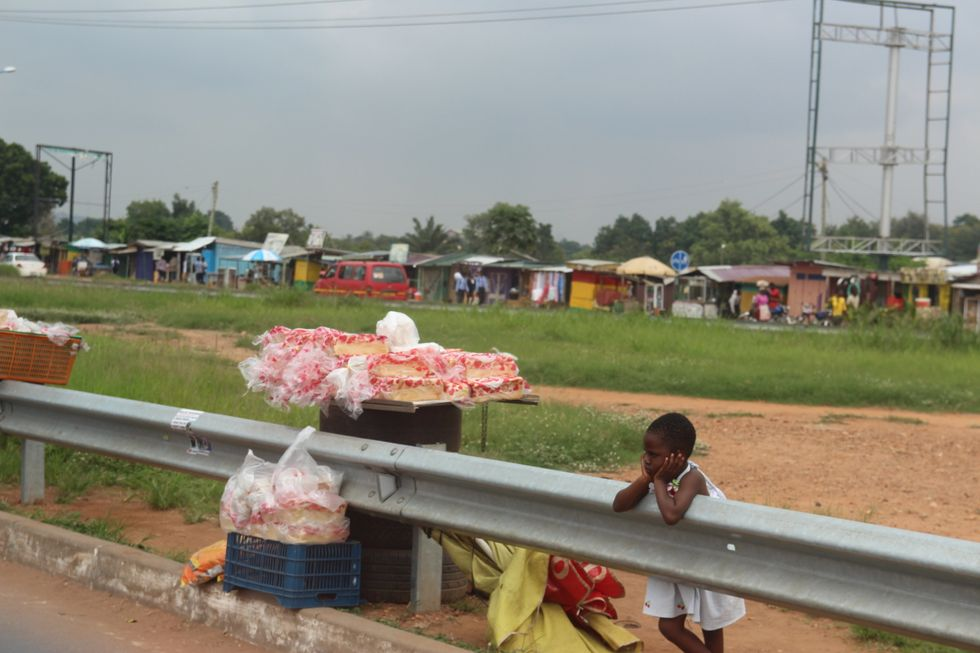 Tiny Hands, Tiny Feet : A moment in Accra's poverty