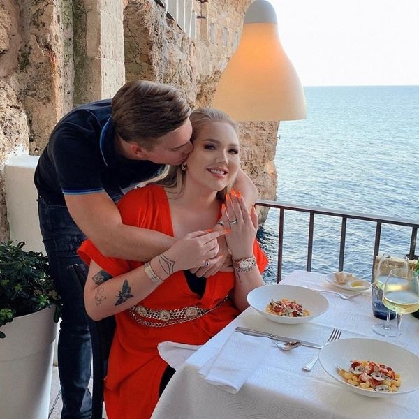 YouTuber NikkieTutorials Gets Engaged