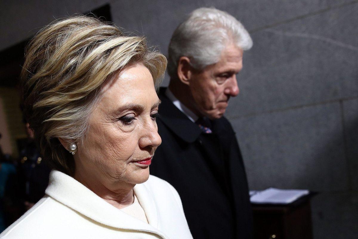 I Clinton come la signora in giallo: dove passano loro, arriva il morto