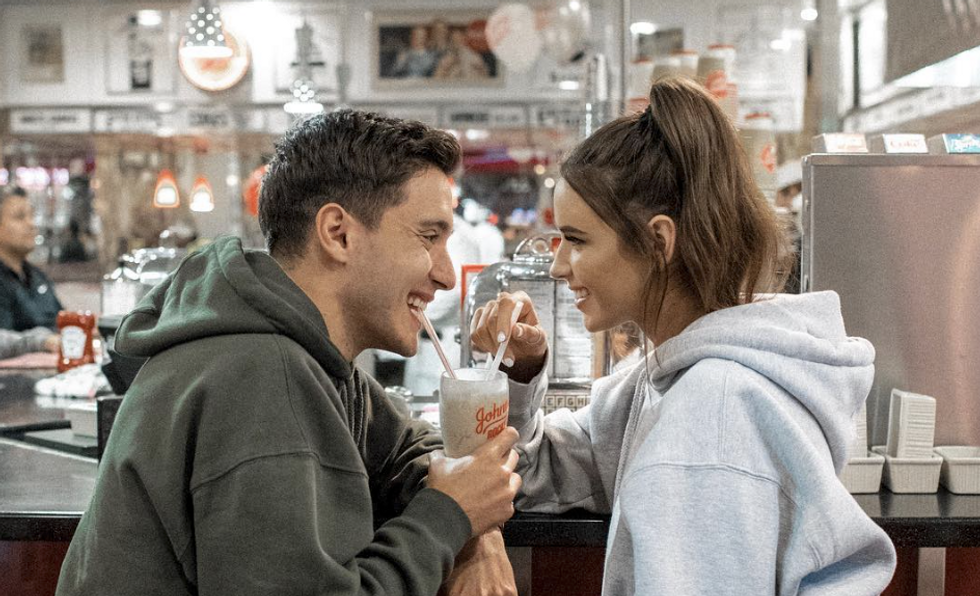 23 Girls Revealed How They ACTUALLY Feel About Splitting The Bill On A First Date