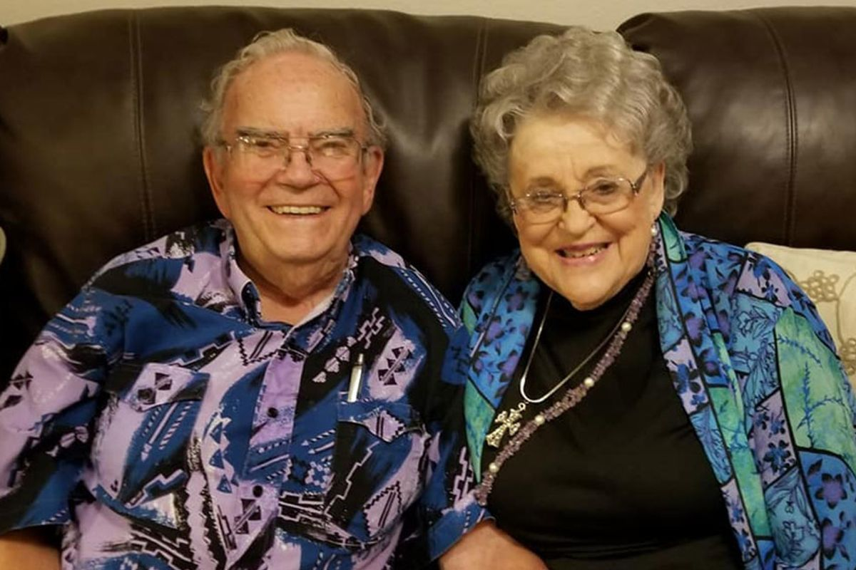 Adorable couple credits nearly 70 years of marriage to wearing matching outfits