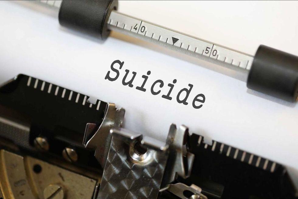 http://www.thebluediamondgallery.com/typewriter/s/suicide.html