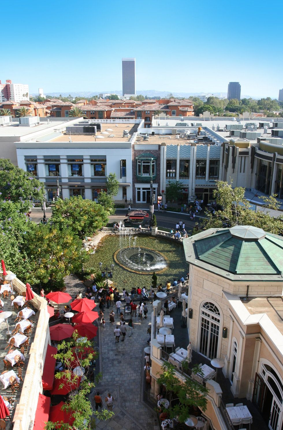 Shopping and eating at the Grove farmers market