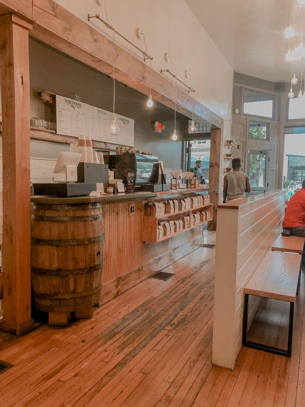 A Coffee Shop Calms My Nerves