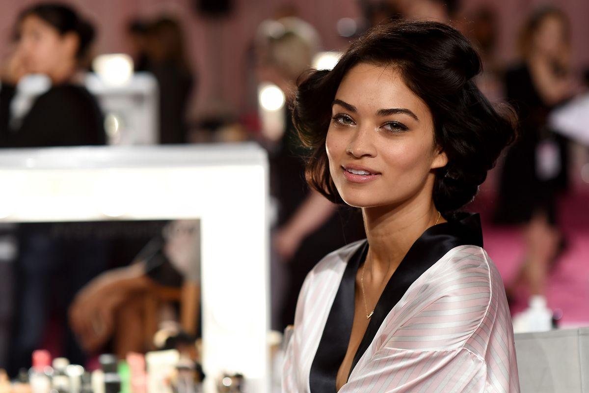 Shanina Shaik Says the Victoria's Secret Show Isn't Happening