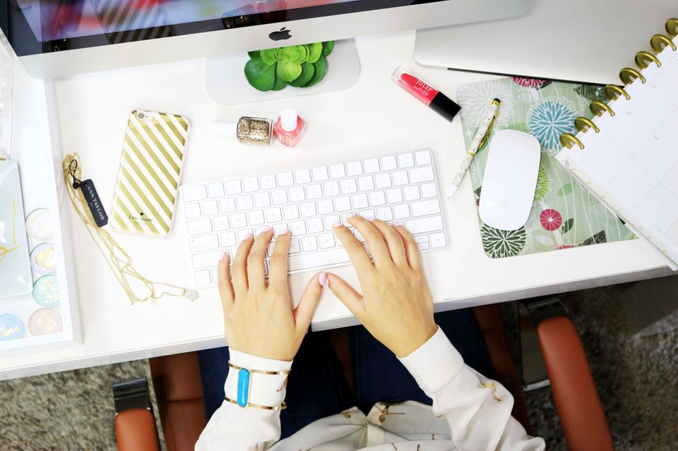 3 Tips To Wake Up Your Work Attire