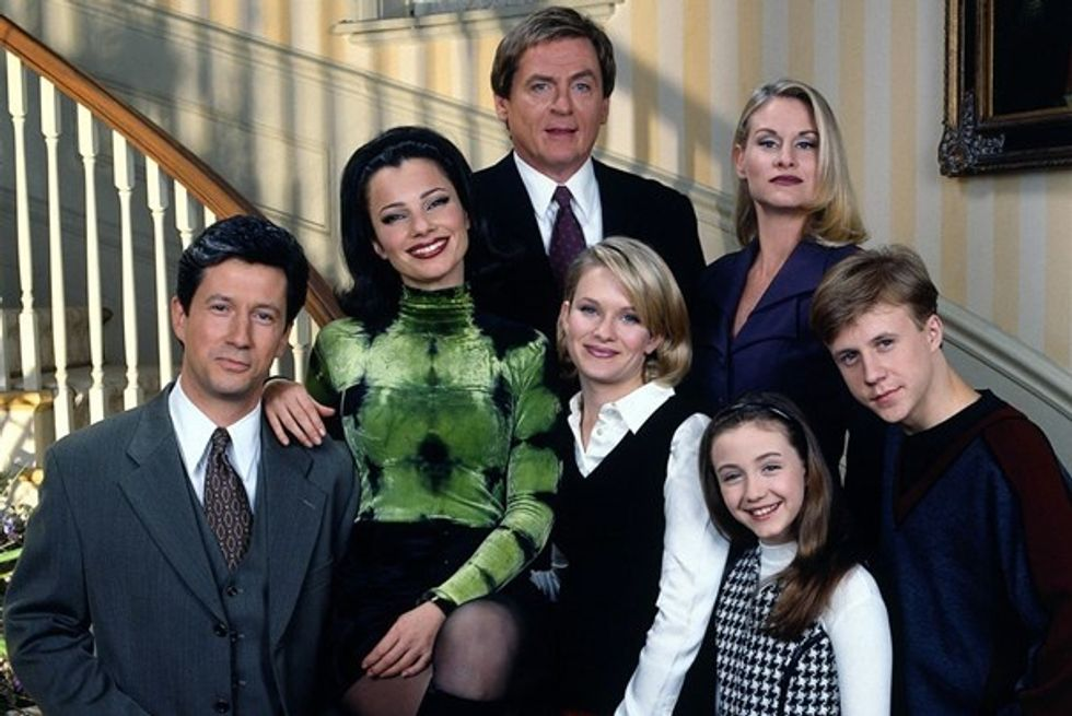 10 Classic TV Sitcoms that Stand the Test of Time