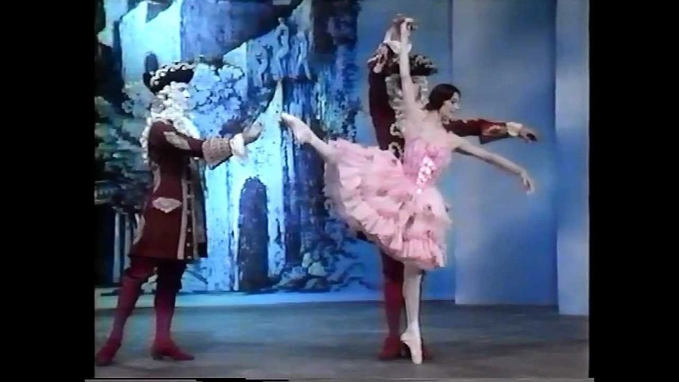 Tbt Carla Fracci Dancing The Rose Adagio At Age 51 Pointe