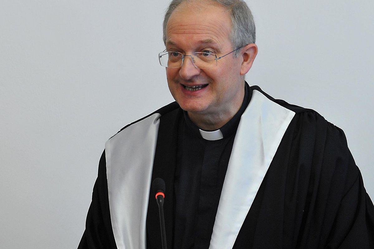 «Seguaci di Wojtyla trattati peggio degli eretici»