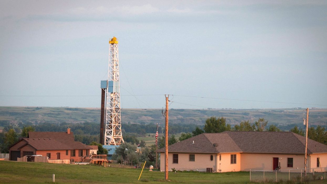 Report: 'No Evidence That Fracking Can Operate Without Threatening Public Health'