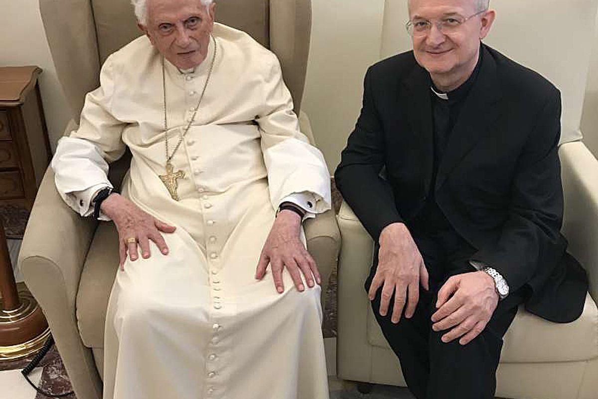 Ratzinger si schiera con gli epurati del GPII