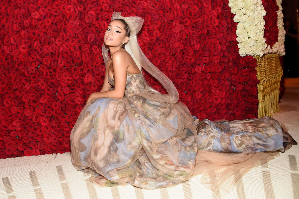 Ariana Grande Is Reportedly Dating Mikey Foster