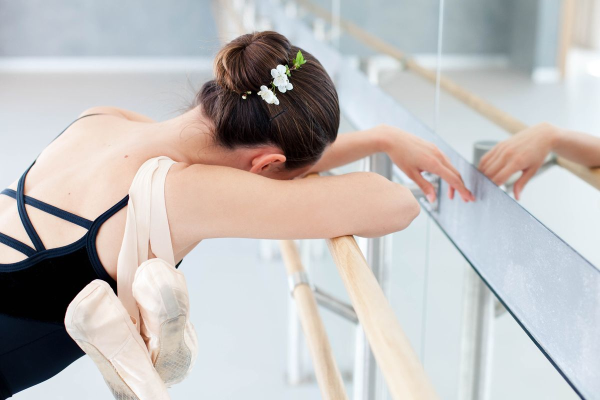 The Dancer's Ultimate Guide to Stretching - Dance Magazine