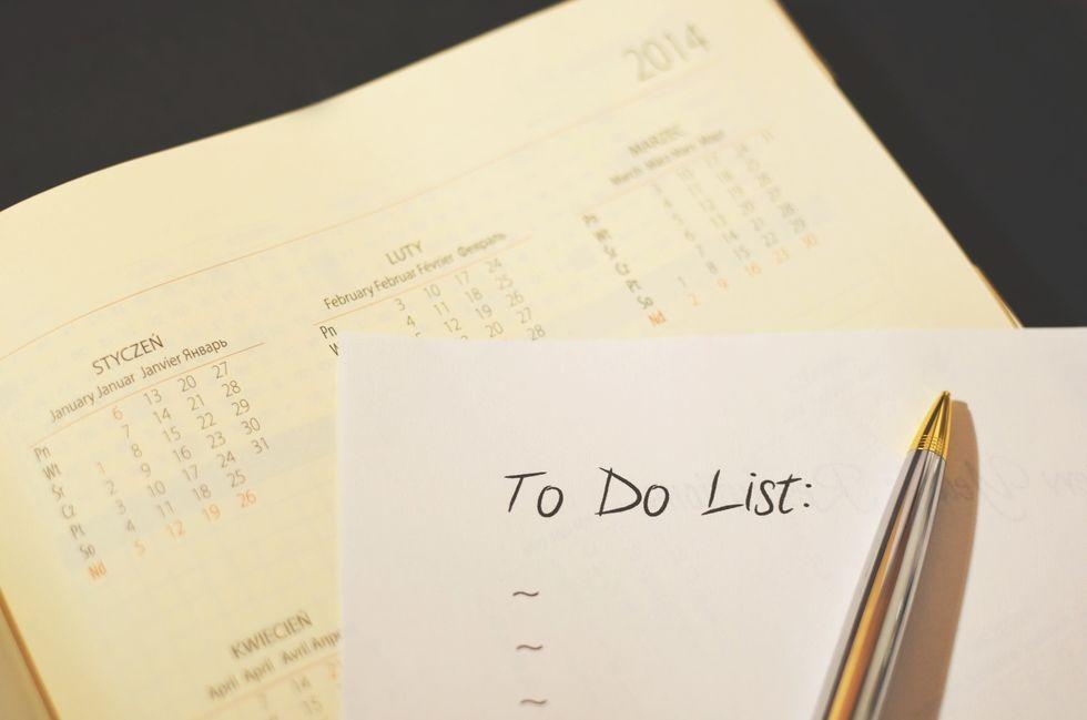 https://www.pexels.com/photo/pen-calendar-to-do-checklist-3243/