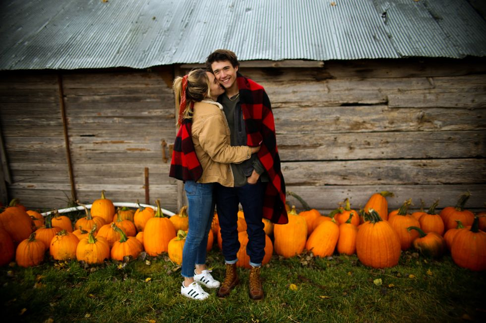 10 Fall Date Ideas That'll Pumpkin Spice Up Your Relationship