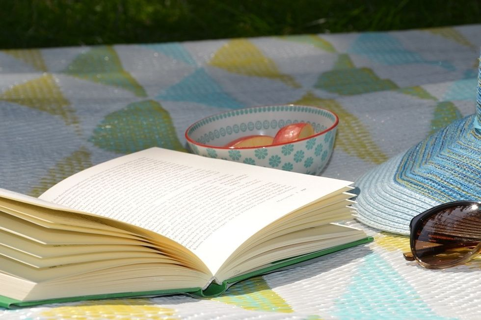 4 Novels To Read Before Your Classes Start Back Up Again