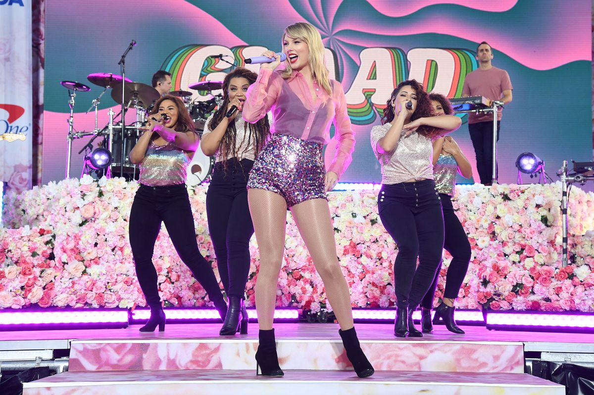 Taylor Swift Explains How She'll Re-Record Her Masters