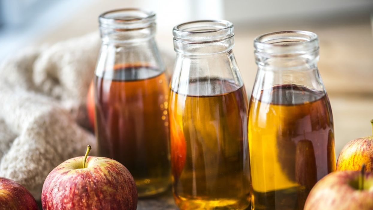 Should You Mix Apple Cider Vinegar and Honey?