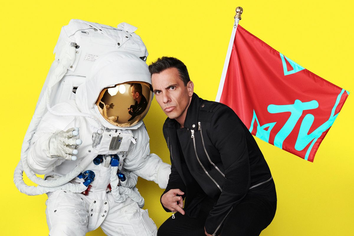Who Is VMAs Host Sebastian Maniscalco?