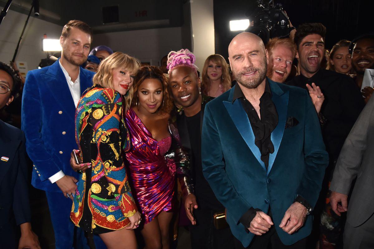 Watch John Travolta Mistake Drag Queen Jade Jolie for Taylor Swift
