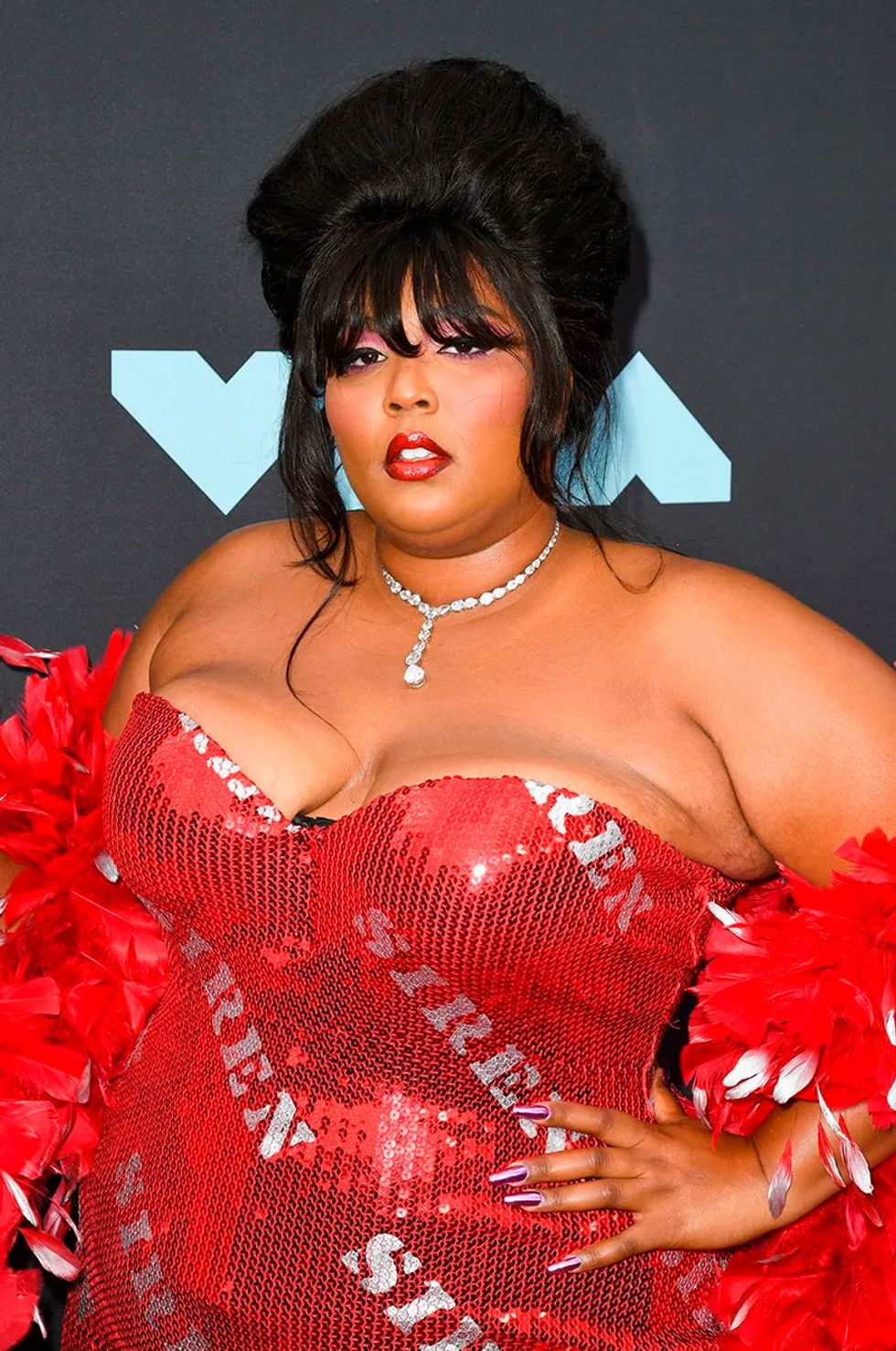 vmas 2019 lizzo mejores looks maquillaje