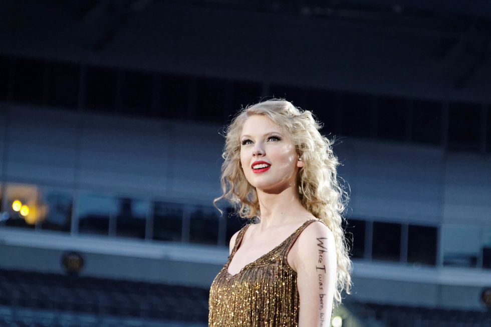In Honor Of Taylor Swift's New Album, Here Is The Ultimate Taylor Playlist