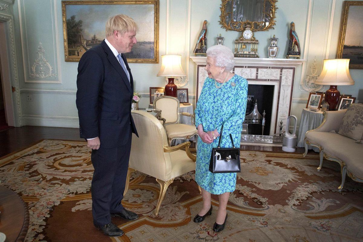 Ci vuole una regina per rispettare i voleri del proprio popolo