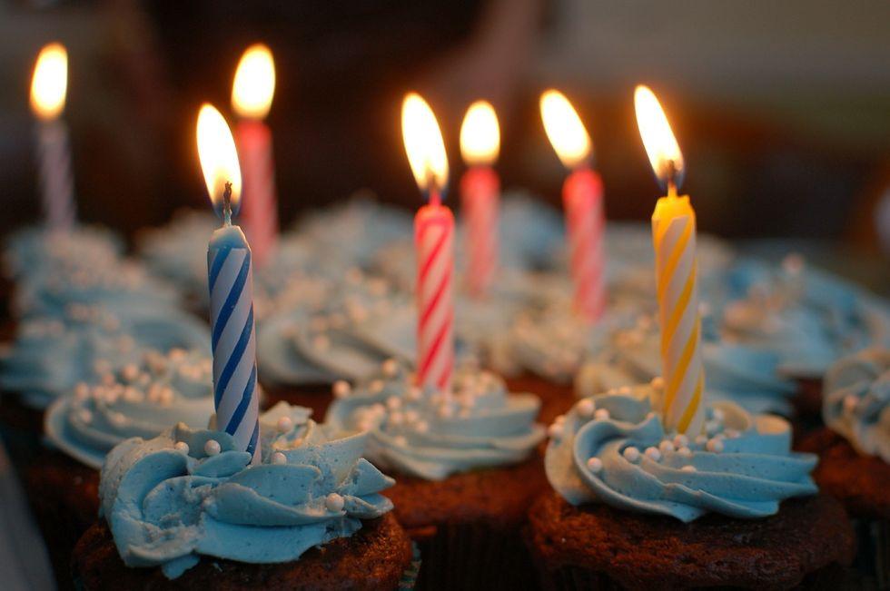 https://pixabay.com/photos/birthday-cake-cake-birthday-380178/