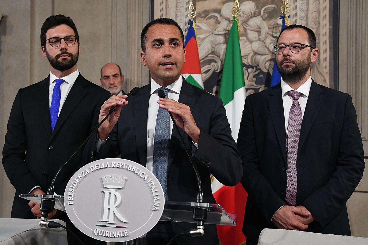 Di Maio impone altri 20 punti ai dem: «Senza, si può pure tornare al voto»