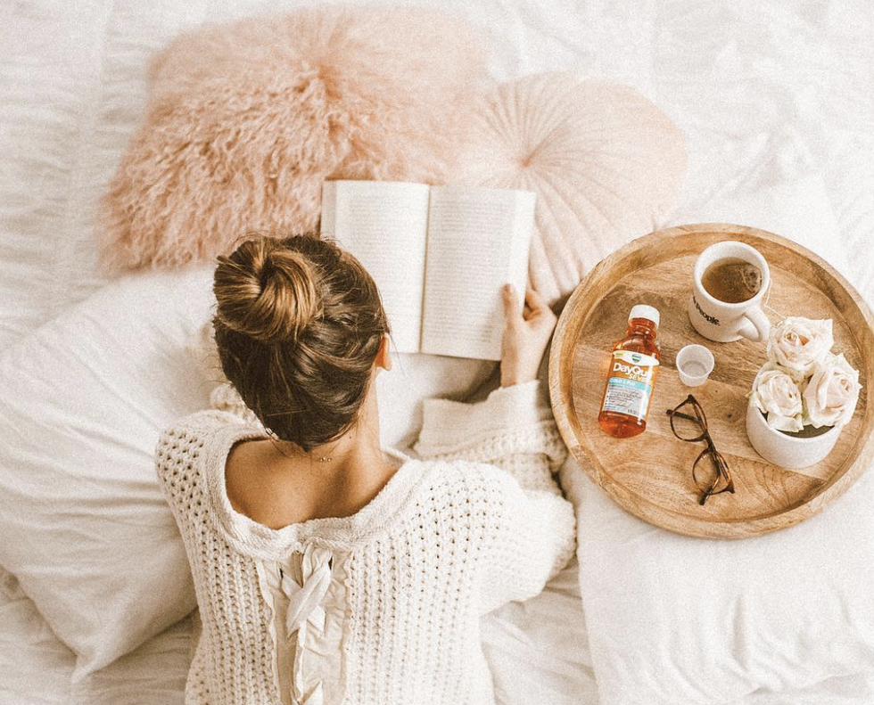 Getting Sick In College Is Worse Than Drinking Medicine From The Bottle, Use These 5 Tricks To Beat The Heat Of Your Fever
