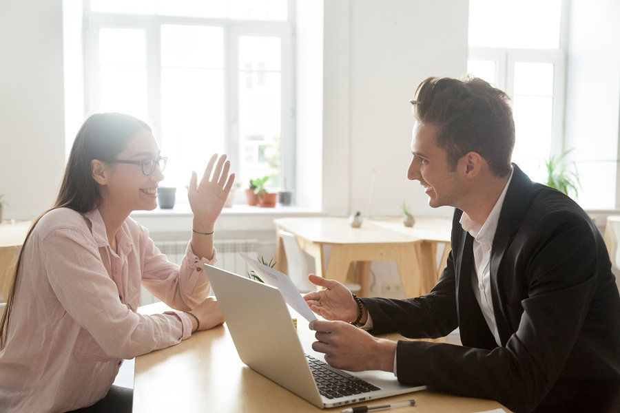 Job seeker connects with employer with their executive resume