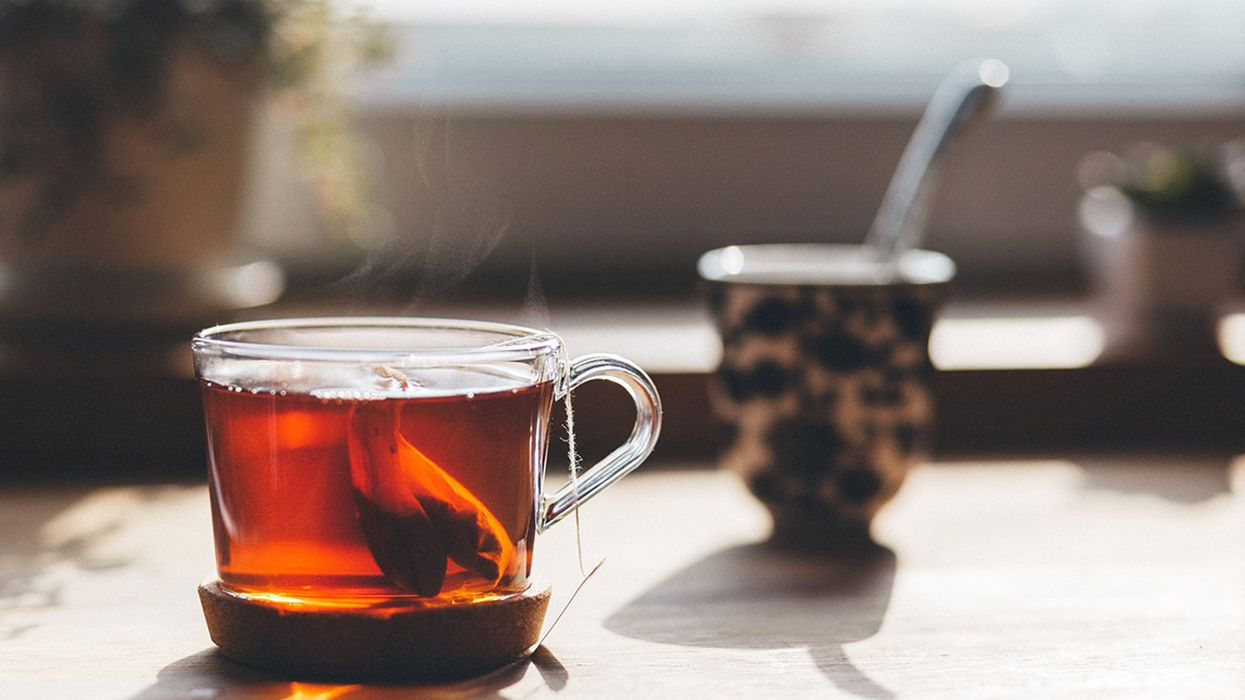 9 Teas to Soothe an Upset Stomach